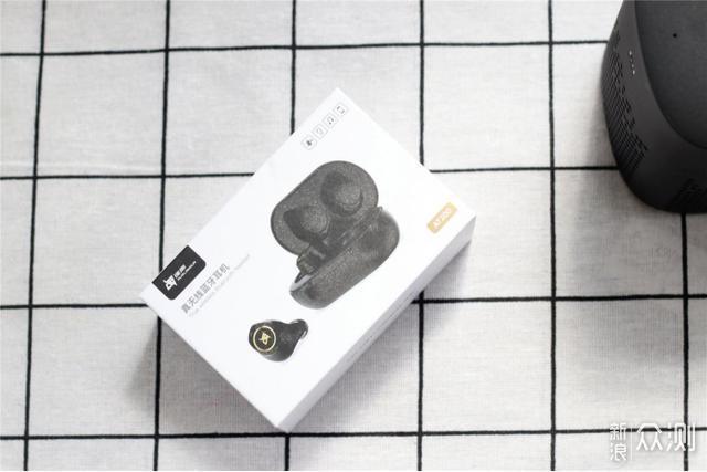 入门级蓝牙耳机如何平衡音质和定价?它这样做_新浪众测