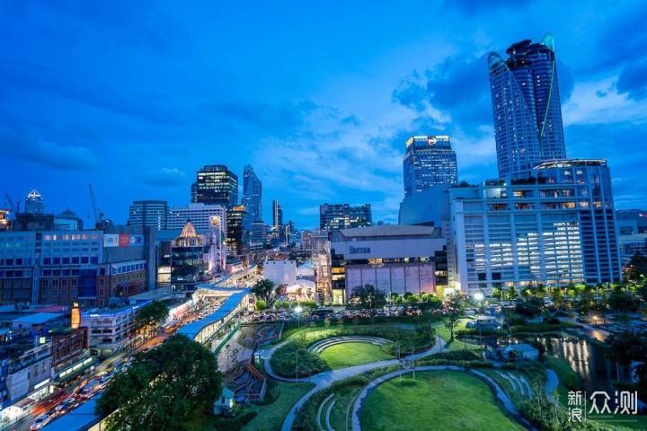 尽享曼谷迷人夜景:曼谷白金诺富特酒店_新浪众测