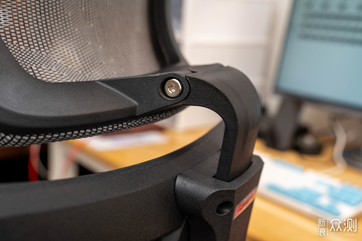 为了腰,我买了第一个人体工学椅西昊Master_新浪众测
