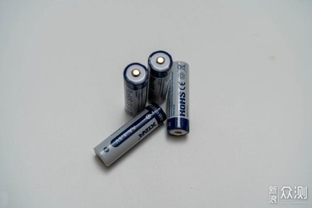 本质是充电器,但是又能当充电宝STAR BC4_新浪众测