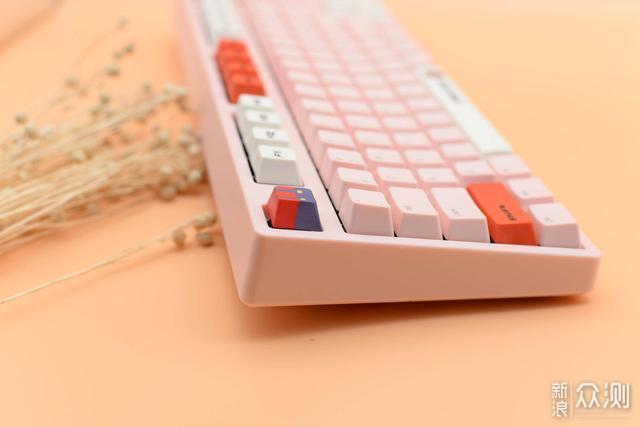 机械键盘论斤卖——IKBC盲盒入手记_新浪众测