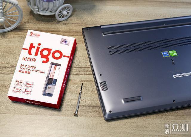 提升电脑速度立竿见影,金泰克256G M.2 SSD_新浪众测