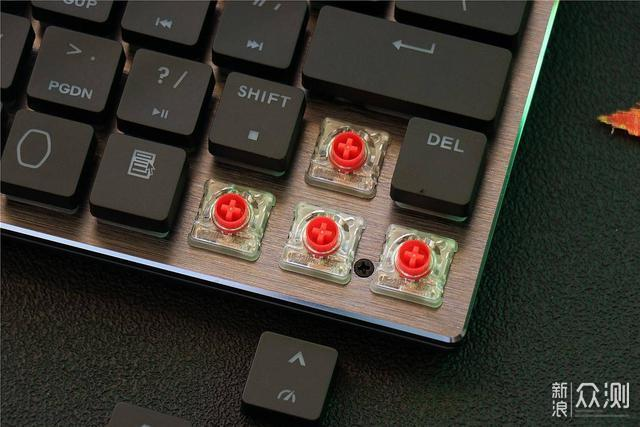 可以装进口袋的机械键盘-酷冷至尊 SK621 MX_新浪众测