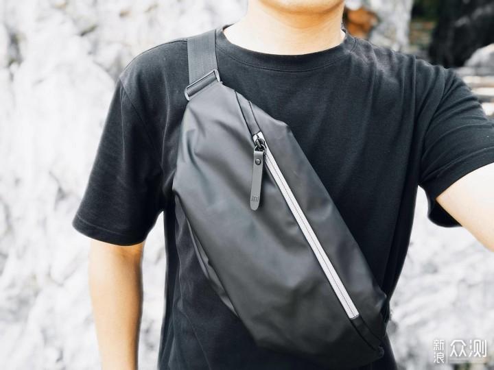 出行好物,时尚百搭:小米多功能运动胸包_新浪众测