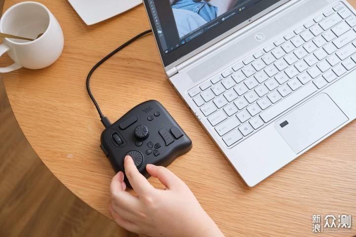 让效率飙升的辅助神器 :TourBox快捷键控制器_新浪众测