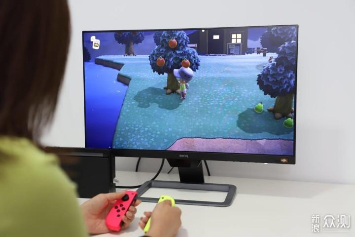 如何优雅的给Switch选择一款外接显示器_新浪众测