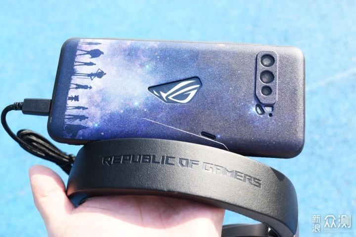 为了信仰?为ROG3电竞手机准备的ROG棱镜耳麦_新浪众测
