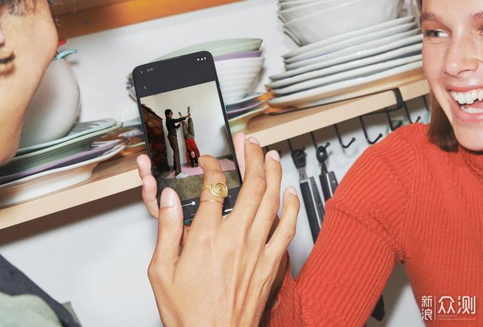 一加手机8T发布:从5个方面告诉你值不值得买_新浪众测
