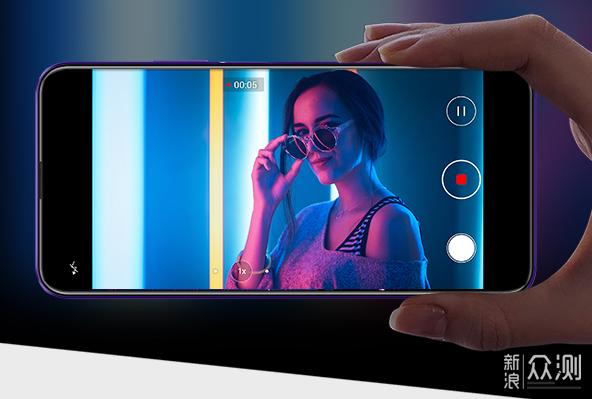1500元以下的高性价比手机,这三部值得选择_新浪众测