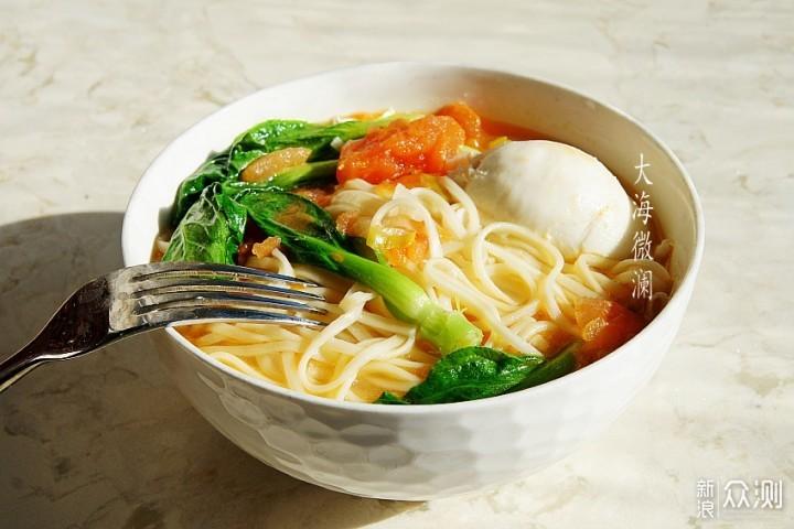 霜降节气,早餐就该来一碗热汤面,暖心暖胃_新浪众测