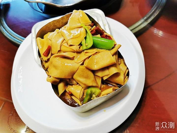 重阳聚餐,东北杀猪菜加粘豆包,太有特色了_新浪众测