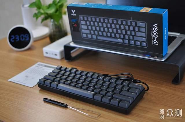 机械键盘也可以这么mini?雷柏61键入手开箱_新浪众测