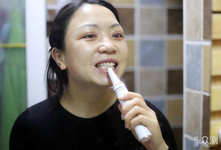 强过电动牙刷!素诺可视超声波洁牙仪测评_新浪众测
