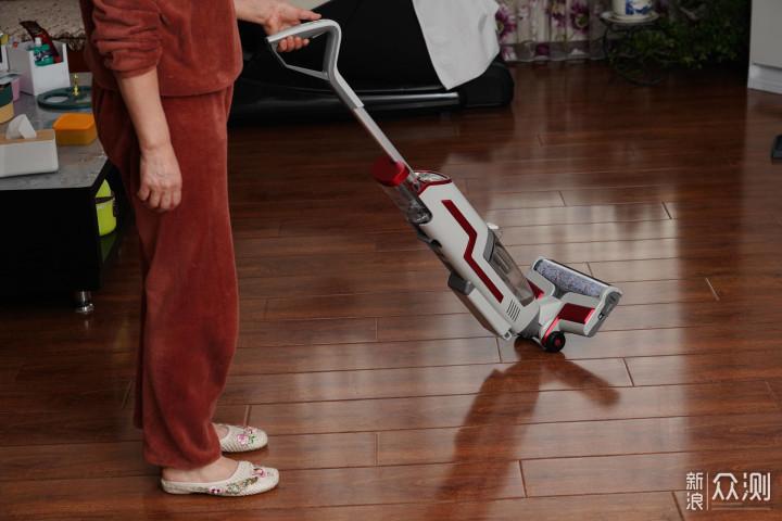 新春给妈妈的地板清洁好帮手--蓝宝洗地机_新浪众测