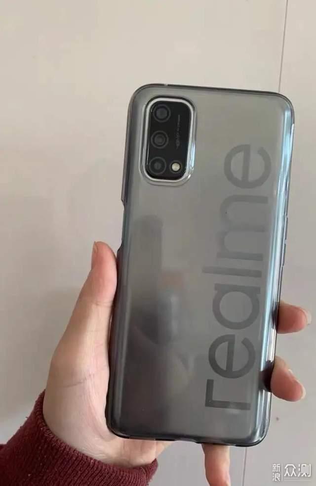 realme Q2手机评测:上分更轻松,游戏更带劲_新浪众测