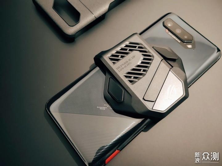腾讯ROG游戏手机5,会打电话的游戏机_新浪众测