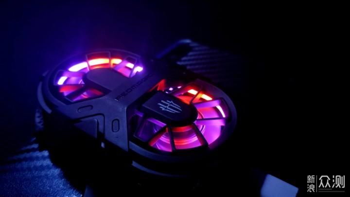 移动端的散热神器,红魔双核散热背夹_新浪众测