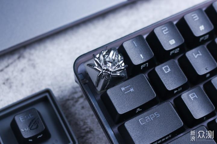 我的键盘上养了只蜘蛛~ZOMO蜘蛛键帽体验_新浪众测