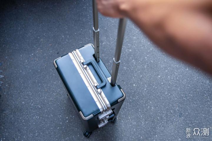 适合旅行高颜值旅行箱,地平线8号POWER系列_新浪众测