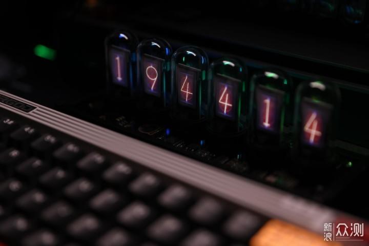 最好看的模拟辉光RGB时钟,你真的不来一个?_新浪众测