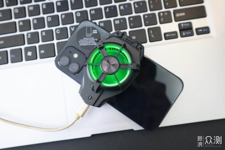 飞智蜂翼2Pro手机散热器评测_新浪众测