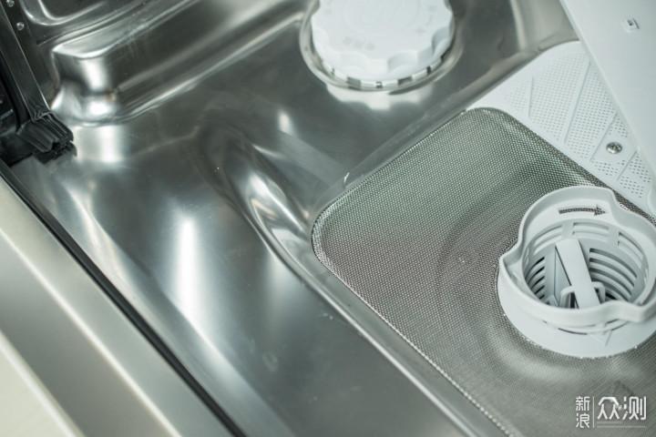 洗护亮净多效合一:高端全能的洗碗凝珠体验_新浪众测