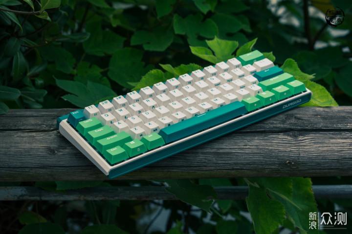 或许是最理想的无线键盘,杜伽K330w无线键盘_新浪众测