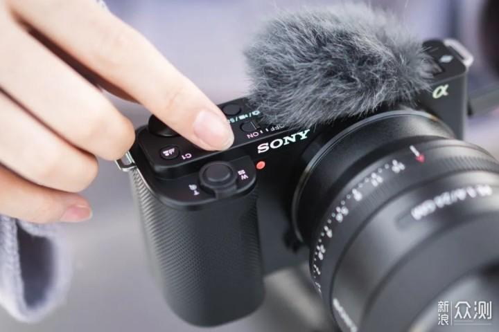 除了手持自拍ZV-E10就是台近乎完美的VLOG相机_新浪众测