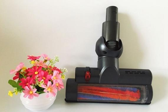 辣妈家务神器--小狗D-531无线手持式吸尘器
