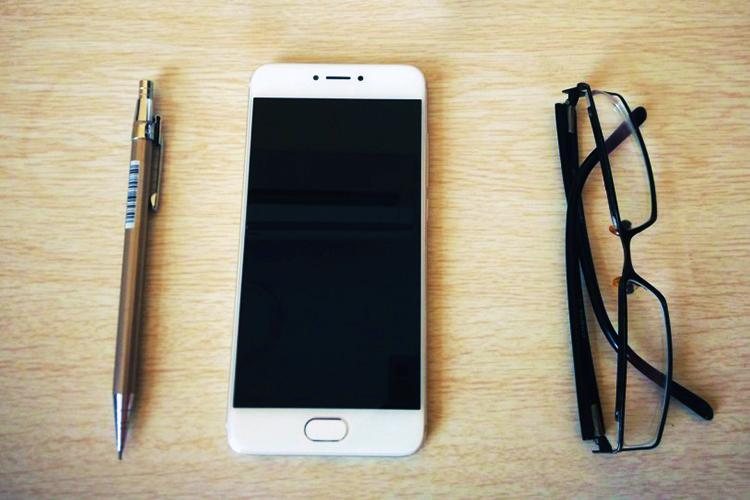 """魅族PRO 6s:六个月打造出的新""""科技""""手机"""