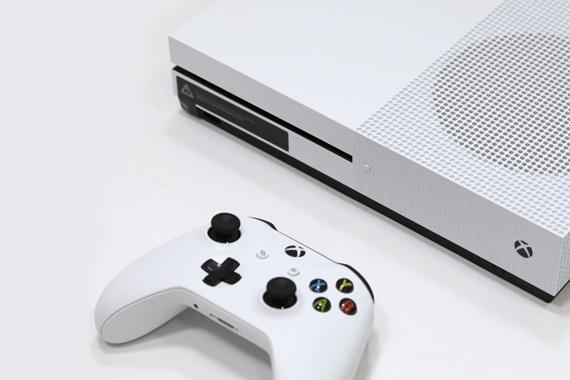 """配的上""""+S""""的Xbox One S"""