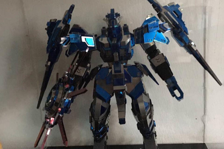 你也喜欢金属拼装吗?分享我的蓝色机甲
