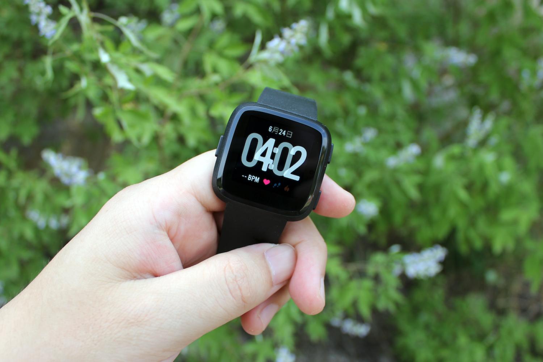 """生活、健身""""助手""""Fitbit Versa智能手表体验"""