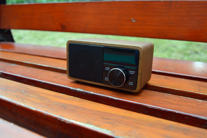 复古的时尚:山进海顿数字收音机音箱了解一下