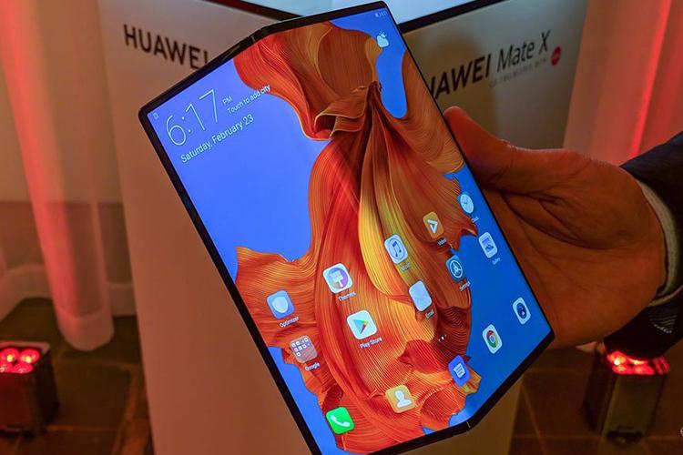 多少钱你才会买可折叠手机