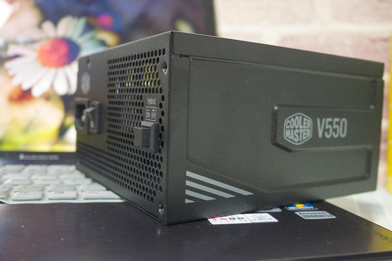 值得拥有的10年质保模组PC电源,酷冷至尊V550