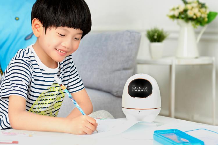 科大讯飞智能机器人阿尔法蛋S免费试用,评测