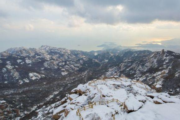 冬日爬崂山,是种什么体验?