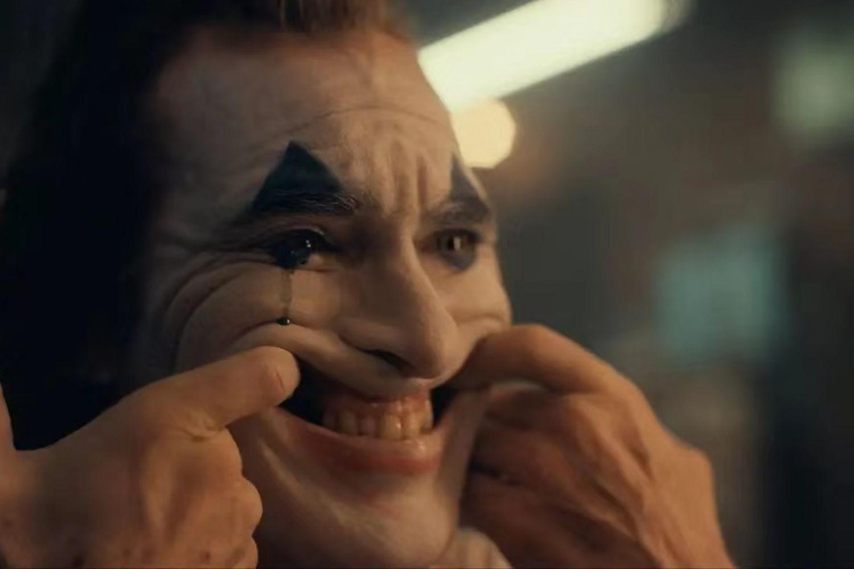 对不起,我们早该写「小丑」