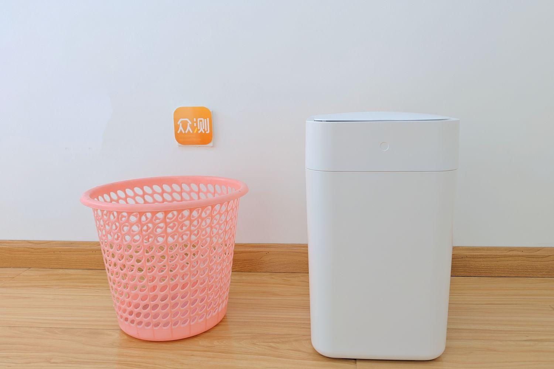 一键打包垃圾、省心省力: 拓牛智能垃圾桶T1