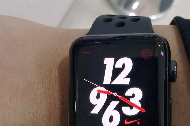 苹果手表原充替补:KMaxAI磁力充电器 对比测