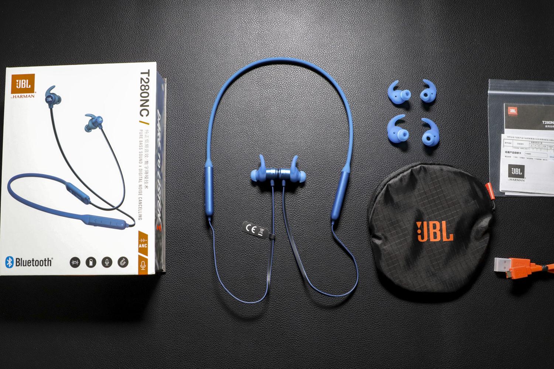 综合素质平均,体验JBL T280NC降噪蓝牙耳机
