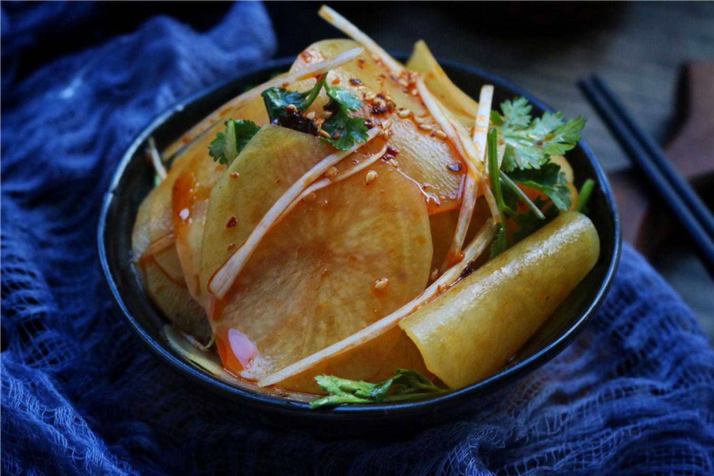 土豆另类吃法,麻辣鲜香,做法超简单