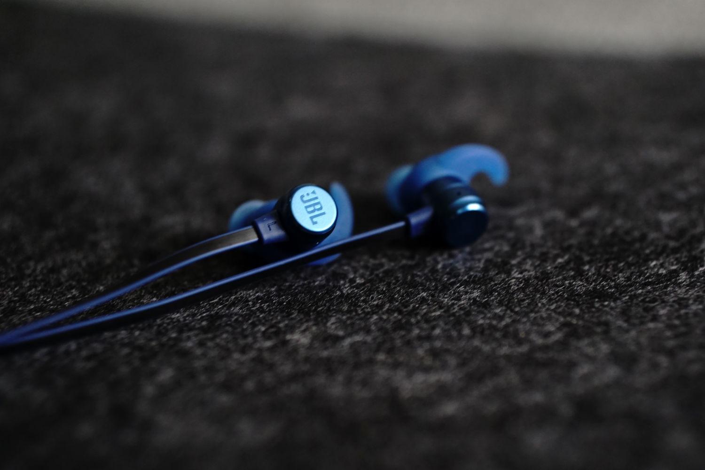轻若无物,质地有声 | JBL T280NC 降噪耳机