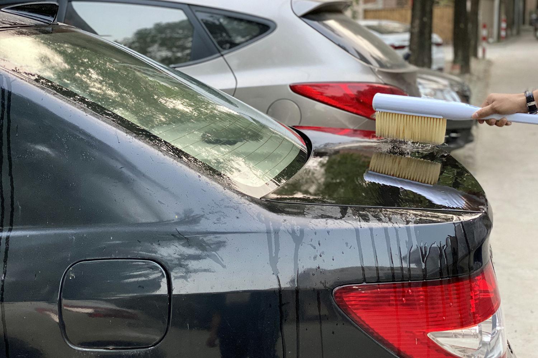单手操控还能置于车尾箱,素洗便携洗车器体验