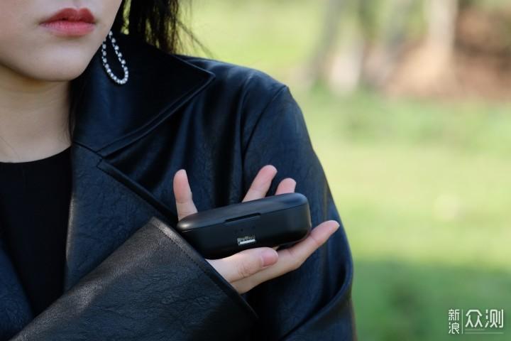 击音VC耳机:强续航有颜值,还能给手机充电!_新浪众测