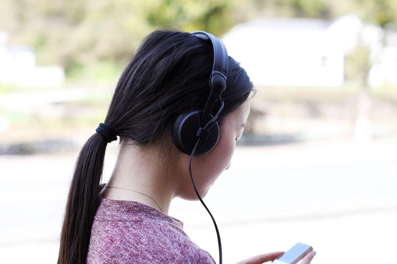 监听耳机传奇,30多年还在延续:森海塞尔HD25
