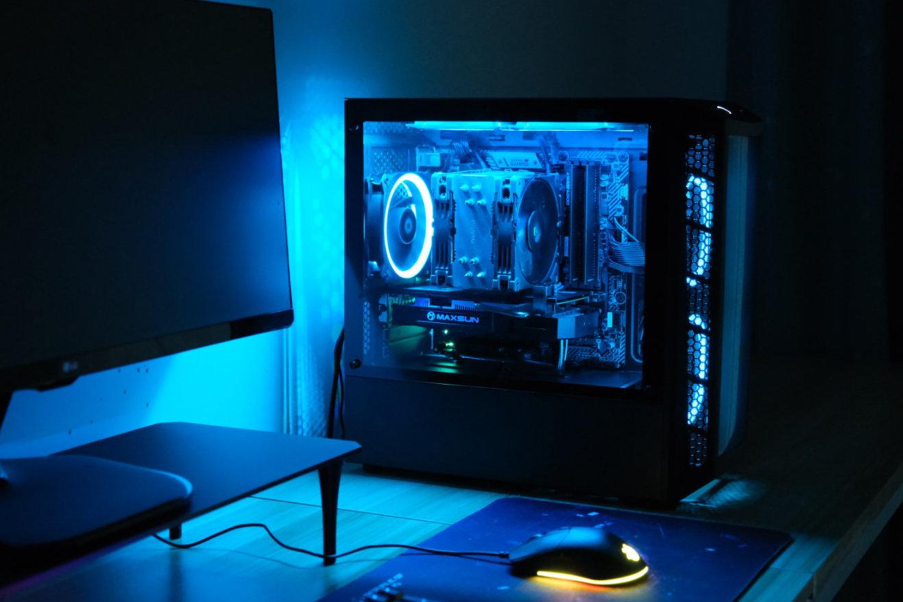 酷冷至尊 旋风MB320L机箱 装配分享