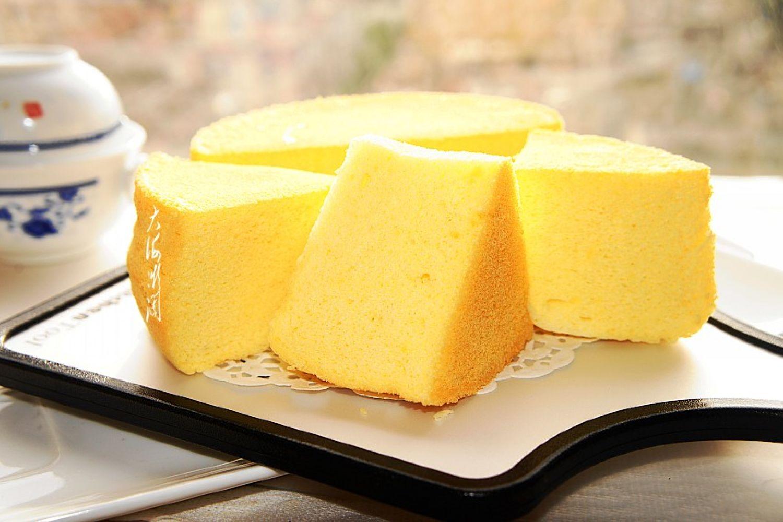 不用烤箱,教你蒸蛋糕,松软香甜,太好吃了