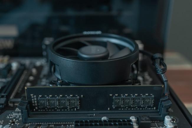 intel粉的感悟,入门办公娱乐主机还是AMD YES
